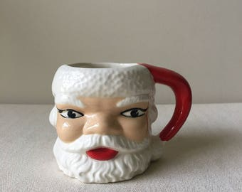 Vintage Santa Claus Christmas coffee cup mug-dishes-kitchen-holiday decor-dining-container-Christmas ornament exchange-dirty santa gift-cups