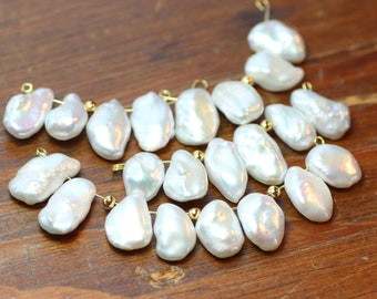 Freshwater Pearl Beads Top Drilled Briolette Baroque Pearls 1 Pair (2 beads) White Pearls