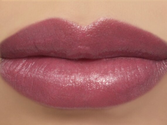 Vegan Lipstick Ladylike Natural Dusty Rose Pink