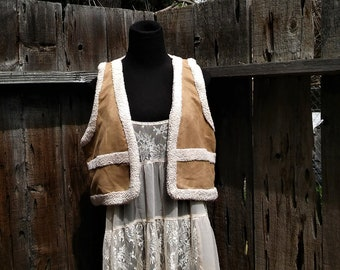 small tan hippie vext faux suede sherpa boho festival vest Penny Lane style small vegan