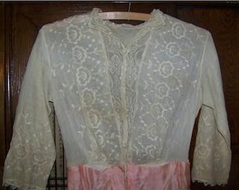 ON SALE ANTIQUE Edwardian Beautiful White Eyelet Dress