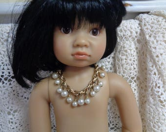 Gold metal and Pearls Vintage 50s Doll necklace