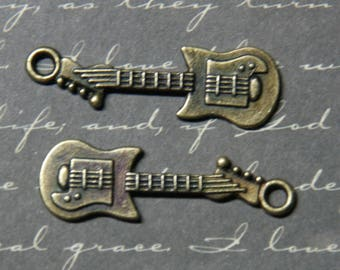 2 bronze 10x32mm electric guitar charms