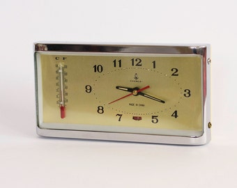 Vintage  Mechanical Alarm Clock, White Alarm Clock, Made In China Circa 1970's, Collectibles,