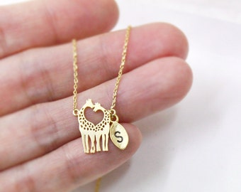 Giraffe necklace,Personalized necklace,Love giraffes necklace,Inspirational Custom Necklace For Mom,Initial Necklace,Mommy Necklace,Mom Gift