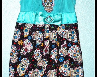 Girls Rockabilly Dress in Turquoise Sugar Skulls  ........Size 6
