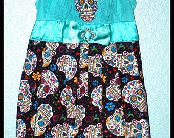 Girls Rockabilly Dress in Turquoise Sugar Skulls  ........Size 6