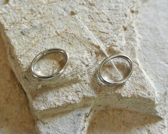 Set of six Pearl oval frames in silver, 18 x 14 mm, thickness: 2 mm, the shank hole: 1 mm