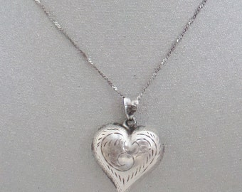 Etched Silver Heart Pendant on Delicate Faceted Chain