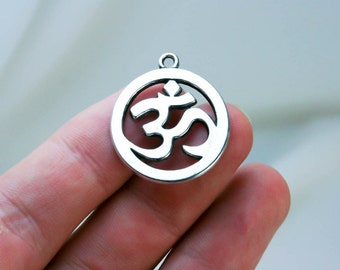 Om Pendant - One Double sided Ohm Pendants -  One Yoga Jewelry pendant - Ohm pendant  Sup 044