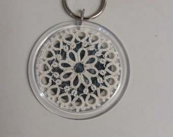White Tatted Doily on Keyring