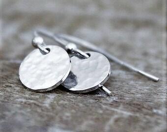 Silver Circle Earrings, Dainty Coin Earrings, Small Plain Circle Earrings, Round Disc Earrings, Small Minimalist Jewelry, Gifts For Women