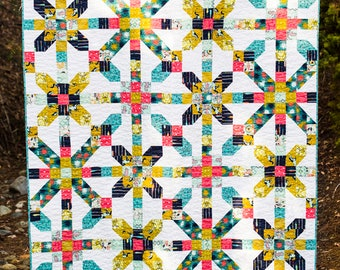 """Modern quilt pattern - """"City Girl"""" - a modern take on the Farmer's Daughter traditional pattern - multiple sizes - Instant download PDF"""