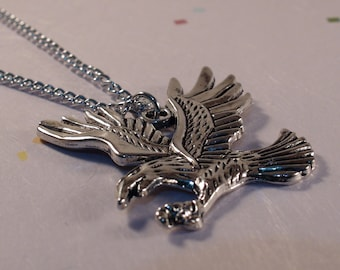 EAGLE Necklace, Silver Eagle Necklace, Silver Tone Necklace, Flying Eagle Charm Chain, America's National Bird Necklace, Gift for Her