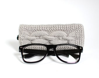 Grey Glasses Case. Eyeglasses Case. Eyeglasses Holder. Sunglasses Case. Sunglasses Holder. Spectacles Case. Glasses Holder.