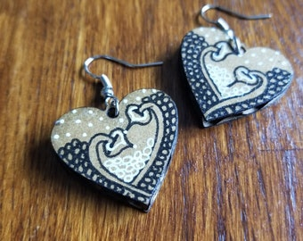 Heart & Tangles Earrings