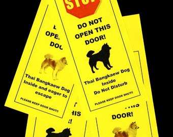 Thai Bangkaew's Friendly Alternative to Beware of Dog Signs