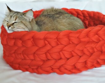 Cat Bed, Cat House, Chunky Cat Bed, Chunky Cat House, Chunky knitting, Cat furniture, Cat Cave, Bedding