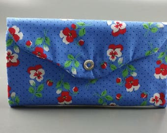 Retro Pansy Trifold Snapped Wallet, with coin pouch, card slots, and many pockets