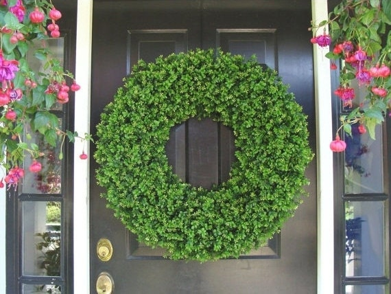 XL Decor Boxwood Holiday Wreath, Outdoor Christmas Wreath, Extra Large Boxwood Wreath, Ceremony Decor, Outdoor Spri