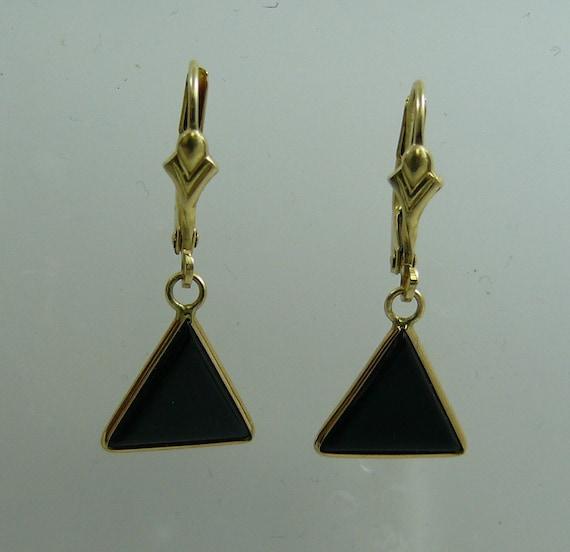 Black Onyx Earring 14k Yellow Gold Lever Backs