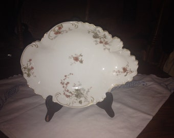 Vintage Haviland & Co. Limoges Ruffled Plate