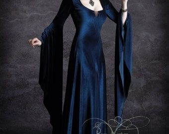 Aislinn Hooded Vampire Dress - Handmade Bespoke Dark Romantic Gothic Couture by Designer Rose Mortem