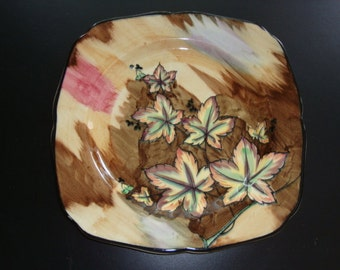 H and K Tunstall (Hollinshead & Kirkham) HP Art Deco LEAVES Plate