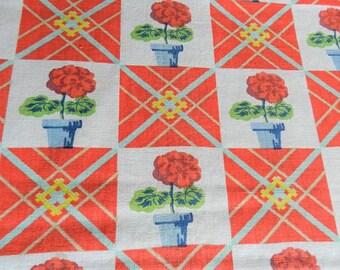 1940-50s Fabric, Cotton Vintage Fabric, Green Fabric, Yellow Fabric, Red Fabric, Daisy Fabric, 17 x 18