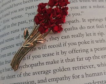 Vintage Bouquet of Roses Brooch