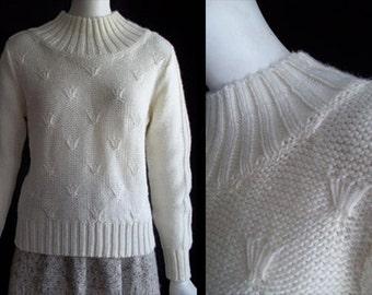 Vintage 70s Arpeja Embroidered Turtleneck Acrylic Sweater S M