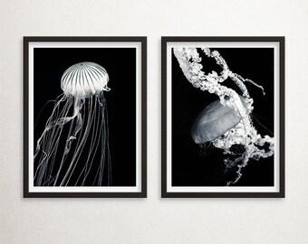 Minimal Set of 2 Jellyfish Print, Diptych Jellyfish Art, Set of 2, Large Poster, Black and White Jellyfish, Jellies Art, Geometry, Sea Life