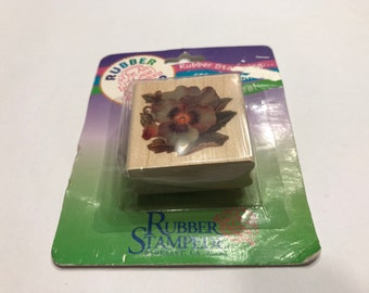 40 mm Pansy / Flower rubber stamp, (BB4/3)