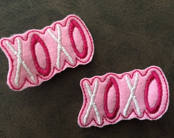 Pair of Valentine's Day XOXO Hug and Kisses Feltie Hair Clips Dark Pink, Pink, and White Embroidery