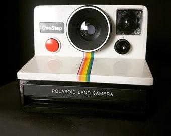 Vintage Polaroid OneStep SX-70 Camera