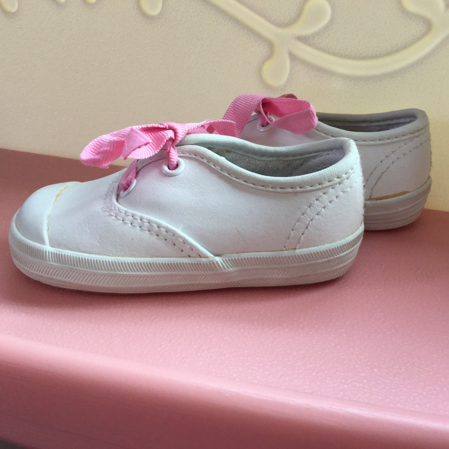 90s Baby Shoes Hanes KidsWear Size 3 White Leather Baby