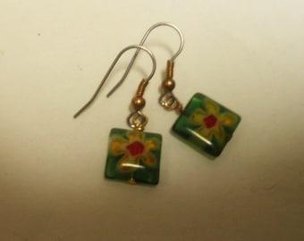 Glass Daisy Earrings, dangle earrings, Summer
