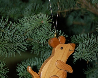 MOUSE CHRISTMAS ORNAMENT Carving