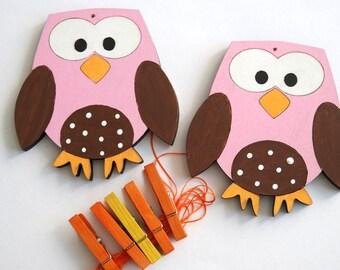 Artwork display hanger- Owls- Pink, orange and brown- kids wall art, owl wall art for girls