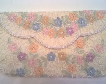 Vintage Hand Made Cream White Beaded and Embroidered Purse - Pastel Tambour Embroidery - Walborg Clutch - Made in Belgium Evening Bag