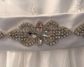 Flower Girl White Satin Rhinestone or First Communion Belt  / rhinestone applique  / White Flat Satin Belt /  / Sparkly Belt / Beads / White