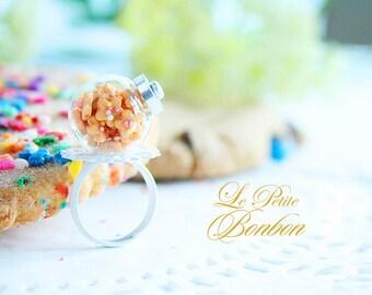 Cookies in a cookies jar ring