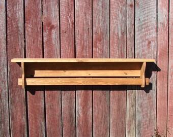 Quilt rack with shelf