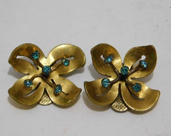 Vintage Gold Flower with Green Rhinestone Clip On Earrings