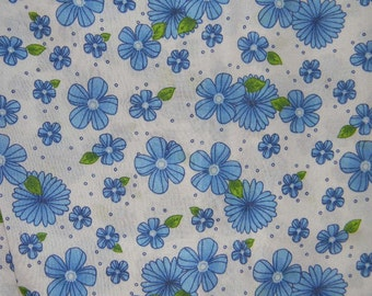 White and Blue Flowered Fitted Crib/Toddler Bed Sheet