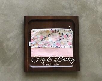 Pink florals make up bag, zipper pouch, carry all, pouch, Make up bag, Women, Cosmetics Bag, bridesmaid gift, makeup, bag