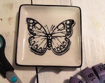 Butterfly dish for jewelry or ephemera