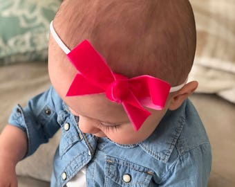 Classic Hair Bow...Baby and toddler hand tied boutique bows... Baby headband.... toddler headband.. white lace stretch headband