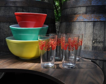 Pyrex Friendship Inspired 16 oz Mixing Glasses - 4 Pack
