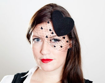 Black Hearts Fascinator Veil // Spring & Summer Party // Elegant Classy Royal Wedding Horse Race Event Accessory Outfit Costume